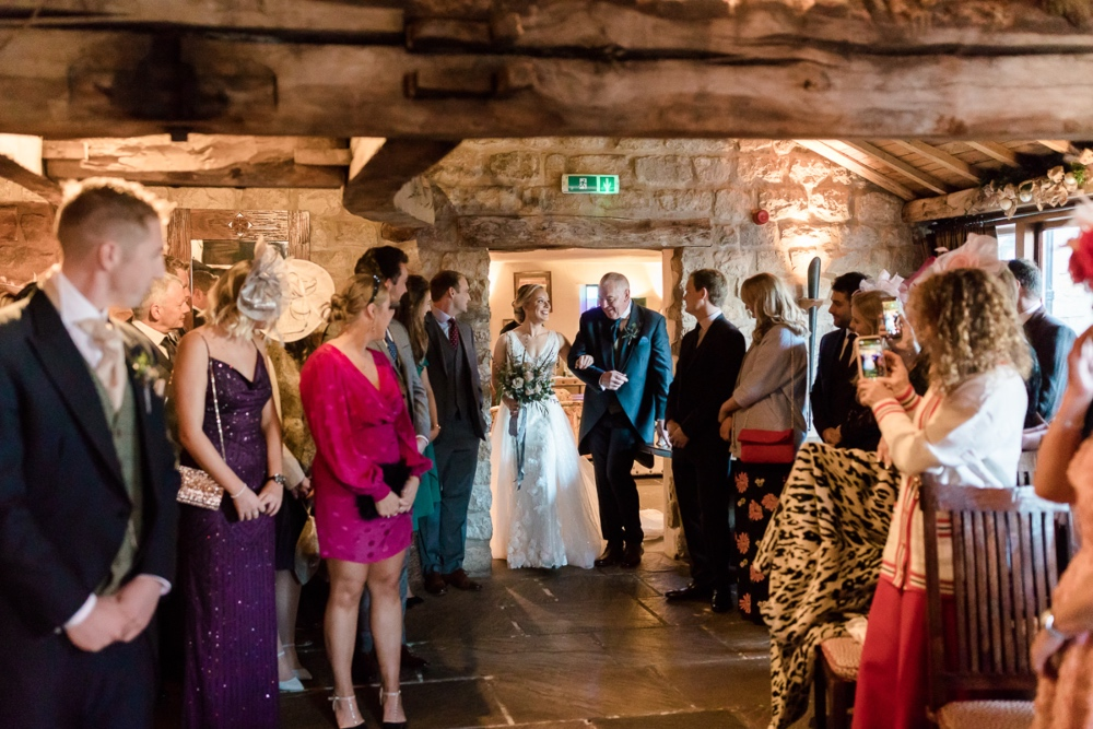 Lara_Frost_Photography_The_Star_Inn_wedding-1019