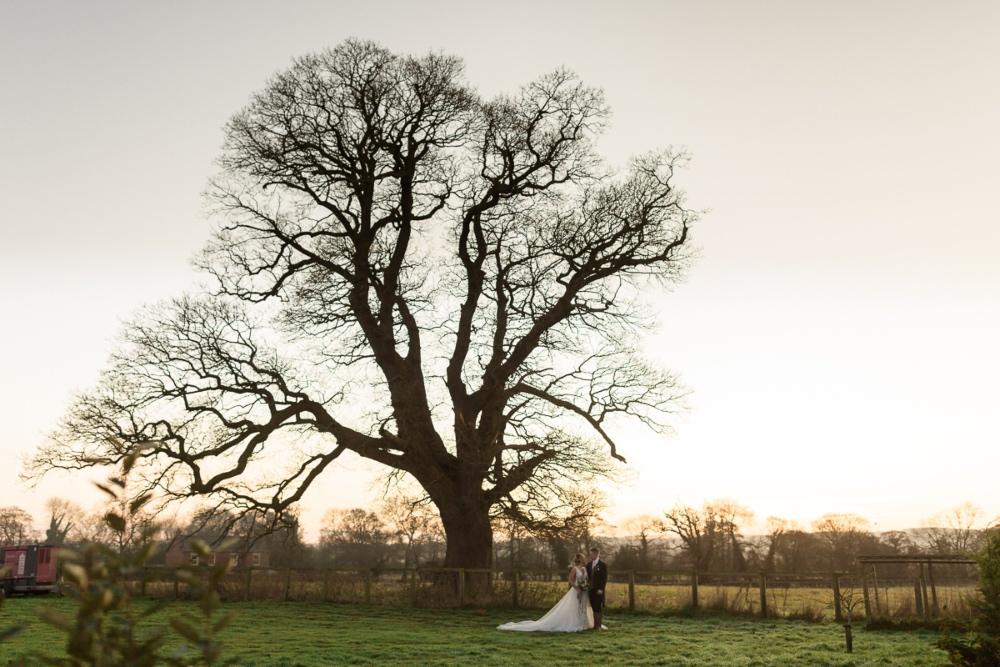 Lara_Frost_Photography_The_Star_Inn_wedding-1040
